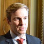 (Français) Financement politique: le gouvernement Gallant mise sur le statut quo. Acadie Nouvelle – 17 février 2017