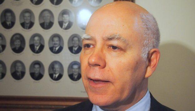 (Français) Le ministre Andrew Harvey s'absente – Acadie Nouvelle – 20 février 2018