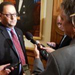 Donald Arseneault devra choisir: député libéral ou lobbyiste – Acadie Nouvelle – Novembre 2 2017