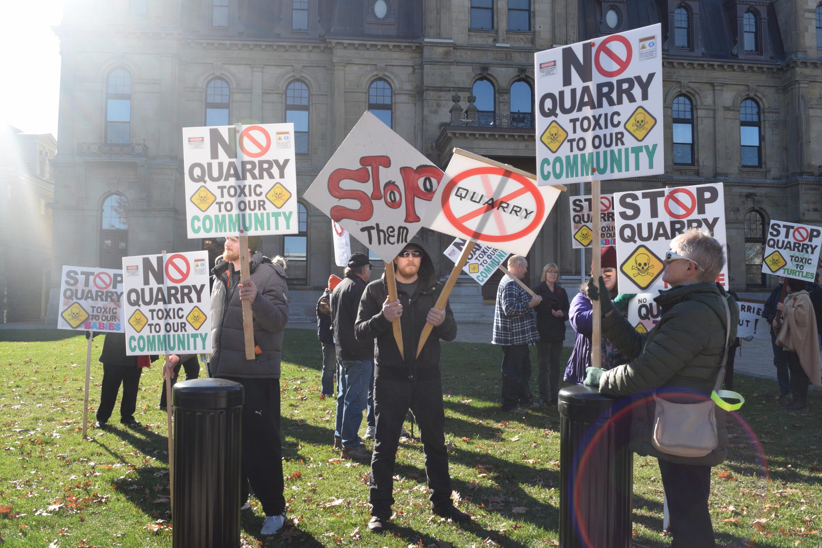 Les citoyens du Haut-Madawaska demande la fermeture de l'usine Envirem Organics